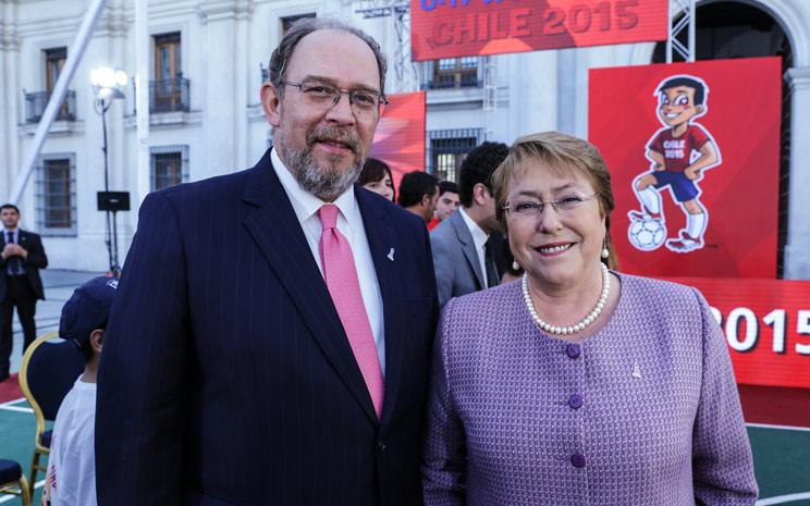 Hernán Swart y Michelle Bachelet