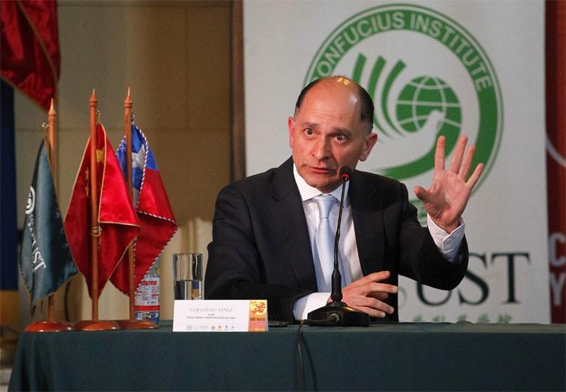 Guillermo Yáñez, decano de Economía y Negocios de Universidad Santo Tomás.