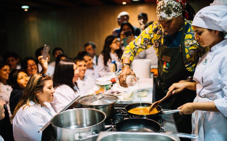 Chef dictando su charla-taller