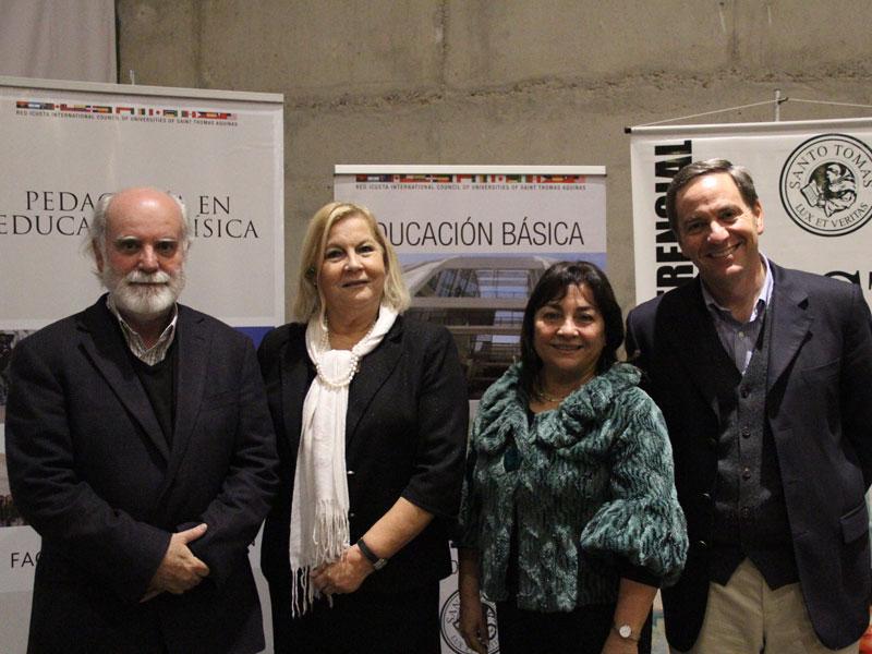 Sergio Canals, autoridades de sede y representante de grupoEducar