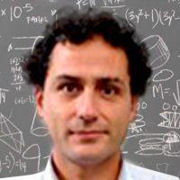 Dr. Alejandro Maass Investigador del Centro de Modelamiento Matemático Universidad de Chile