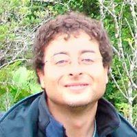 Dr. Cristián Hernández