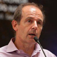 Dr-Gino-Casassa, Académica Chilena de Ciencias