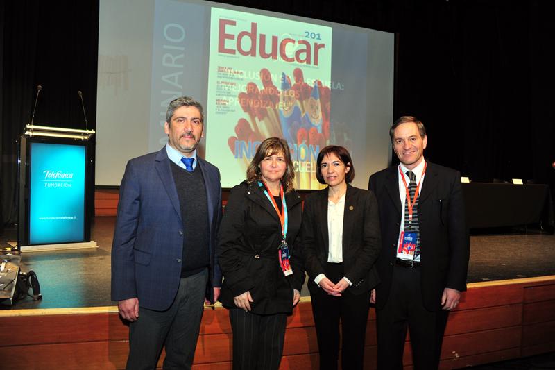 """La jornada concluyó con el panel de discusión """"Los desafíos que plantea la inclusión para la comunidad escolar"""","""