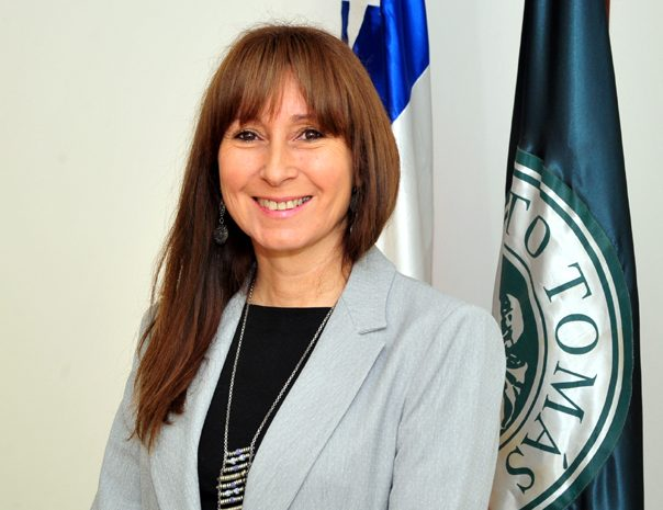 La representación de la Facultad de Derecho de la UST ante el Consejo para la Transparencia, recaerá en los académicos Bárbara Calderón (en la foto) y Leopoldo Ramírez.