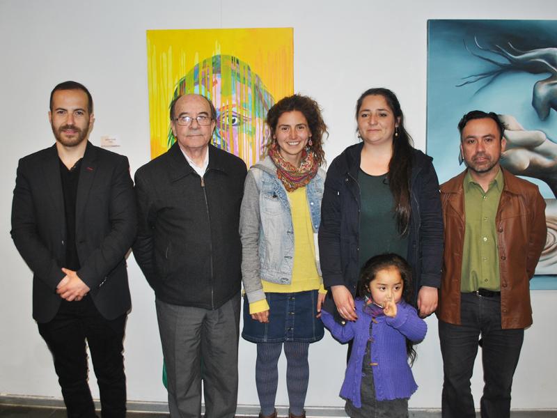 Los ganadores del concurso junto a Raúl Barros y Christian Carrillo.