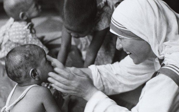 Valores En M Teresa De Calcuta 1 Santo Tomás En Línea