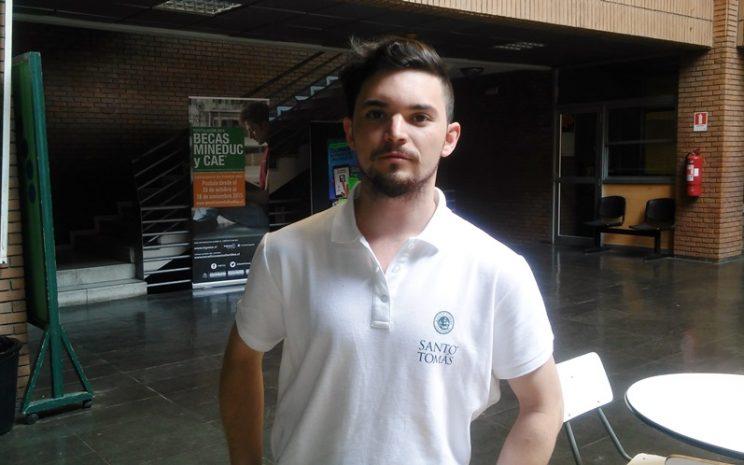 Alumno de Santiago Centro que irá al Congreso de Valdivia