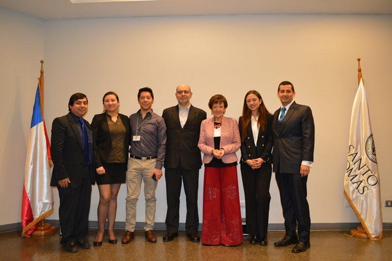 Expositores en semana de administración ST Santiago