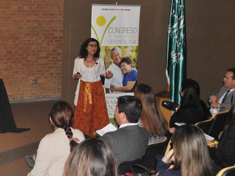 Alejandra Vásquez, Nutrición y Dietética