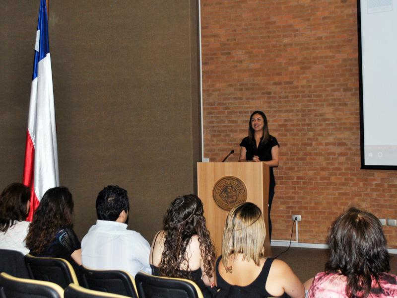 Tercer Encuentro de Titulados Escuela de Enfermería UST Viña del Mar. Expositora: Elizabeth Palma