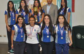 Premiación Copa Santo Tomás en sede Viña del Mar.