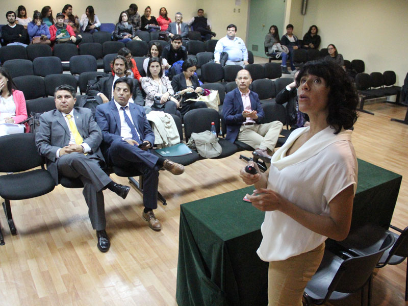 Ponencia de la Conferencista Claudia Soto.