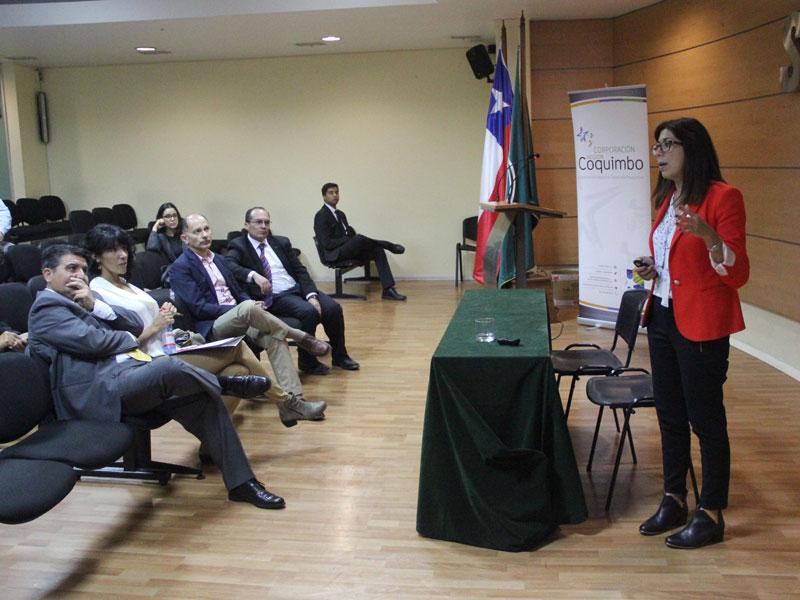 Presentación de Directora Oficina Transferencia y Licenciamiento UST.