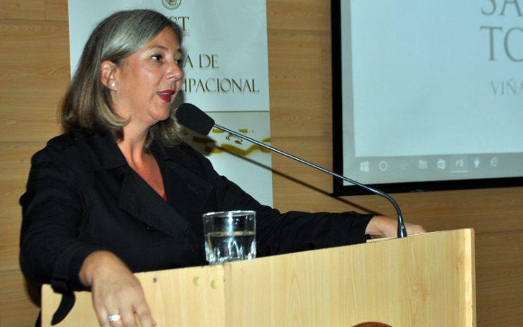 Vivian Neumann, directora Escuela de Terapia Ocupacional UST Viña del Mar