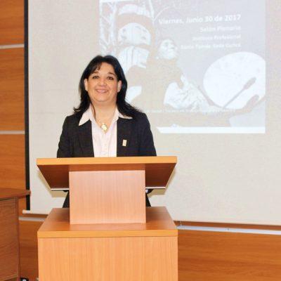 Maestra Ceremonia alumna S. Social