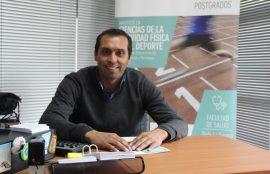 Académico Carlos Munizaga.