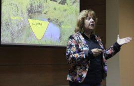 Liliana Iturriga durante la charla.