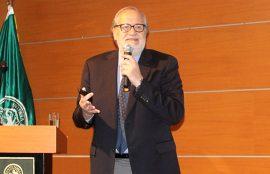 Vicerrector de Investigación y Postgrado, Exequiel González Balbontín