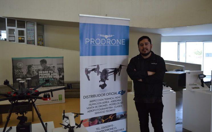 Director de Desarrollo de la empresa Prodrone realizó charla para estudiantes del Área de Comunicación.