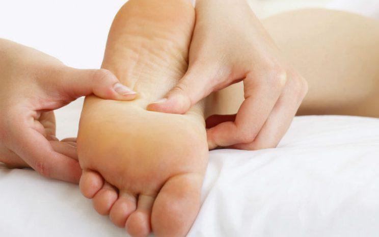 Cuidados de los pies en el adulto mayor