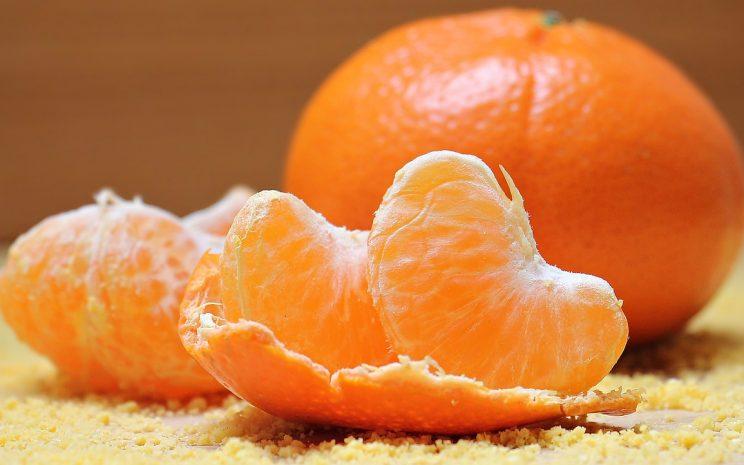 frutos cítricos (naranja, limón), son ricos en vitamina c, gran propiedad cicatrizante