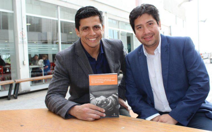 Los académicos Miguel Ángel Ramos y Andrés Ledezma.