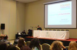 El seminario contó con destacados expositores.
