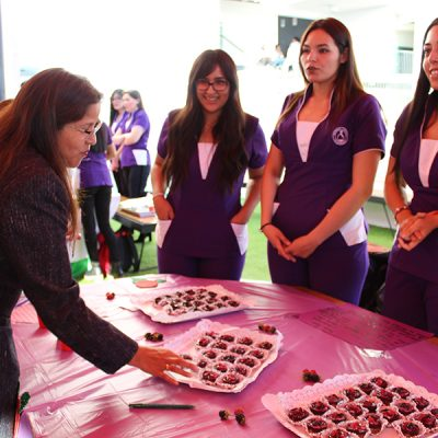 Las alumnas presentaron cinco innovadoras, sanas y deliciosas recetas.
