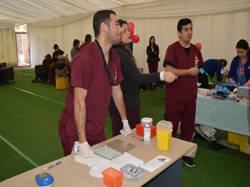 Estudiantes de Tecnología Médica UST apoyaron en el desarrollo de la colecta