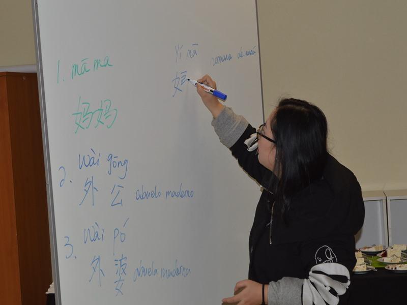 Las clases estuvieron a cargo de Jimin Wang, representante del Instituto Confucio en Santo Tomás Temuco