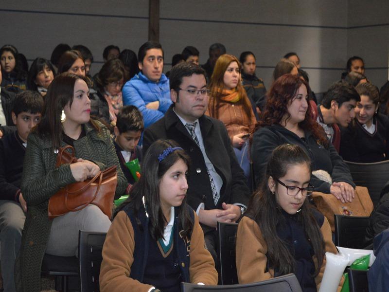 El encuentro se realizó en el salón Auditorio de Santo Tomás Temuco