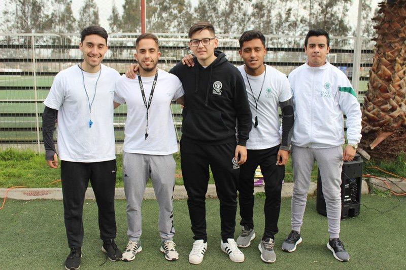 Árbitros, alumnos de carrera de Preparador Físico del CFT Santo Tomás Curicó