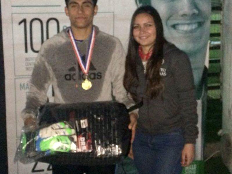 1° Lugar Competencia Arqueros, ganador Benjamín Ávalos del Colegio Alta Cumbre de Curicó
