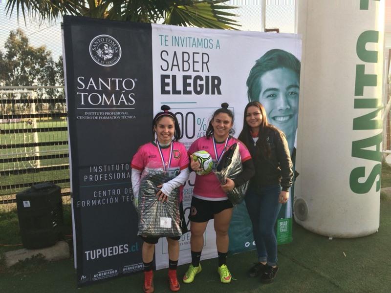 1° lugar colegio INITEC Diego Portales, Antonia Escalona y Javiera Grez
