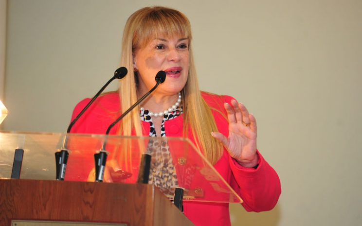 Ministra Angela Vivanco