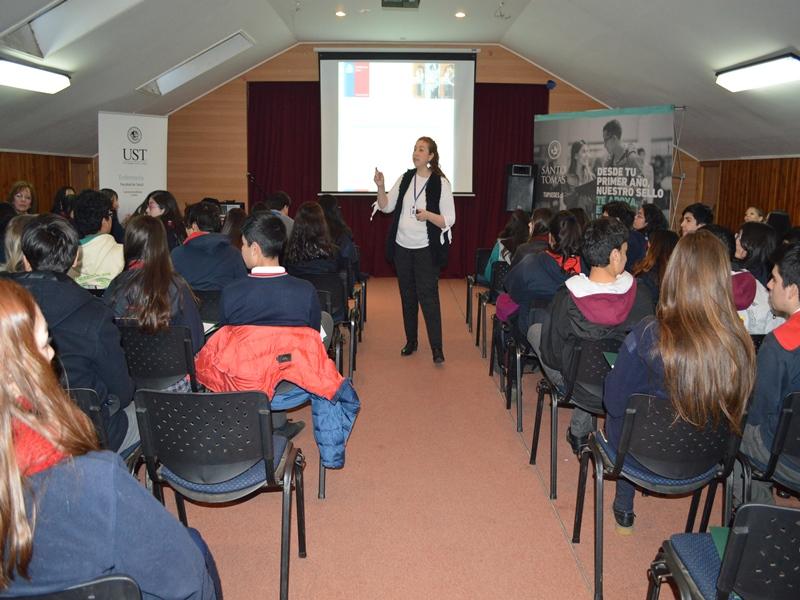 Charla Educación Sexual para Liceo Camilo Henríquez de Temuco