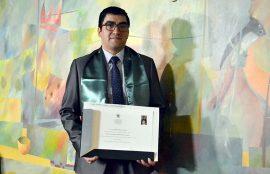 Luis Bizama Premio Santo Tomás