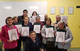 Adultos mayores aceptan el desafío de la alfabetización digital