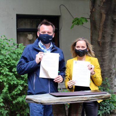 firma convenio Municipalidad Santo Tomás 1